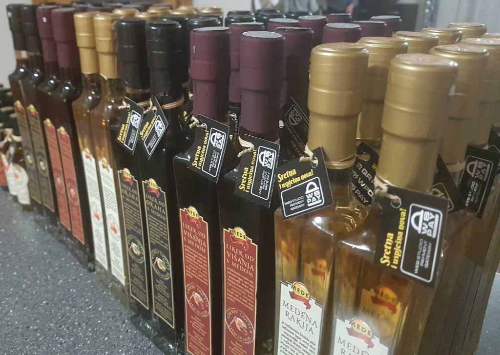 honey-liqueur